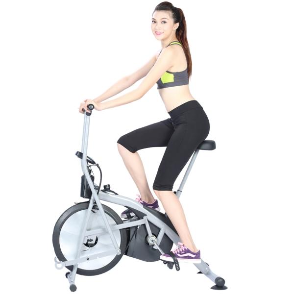 may tap xe dap giup giam mo bung 2 - Máy tập xe đạp tại nhà giúp giảm mỡ bụng